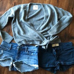 Bundle 3 sweater size XS srts size 26